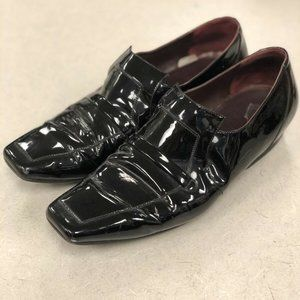 CHANEL Patent Leather Short Heeled Loafers Sz 40/9